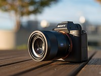 Sony posts significant imaging division income gains in 2015 financial year-end report