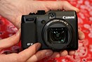 CES 2012: Hands on with Canon PowerShot G1 X and Nikon D4