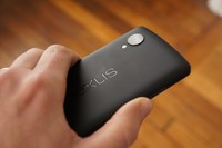What the Android 4.4.1 update means for Google's Nexus 5 shooters