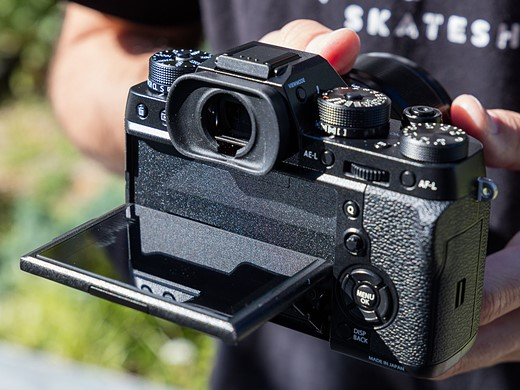 Faster flagship: Hands-on with the Fujifilm X-T2 6