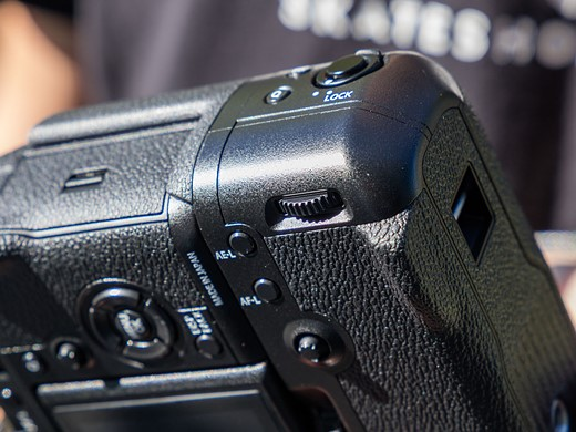 Faster flagship: Hands-on with the Fujifilm X-T2 14