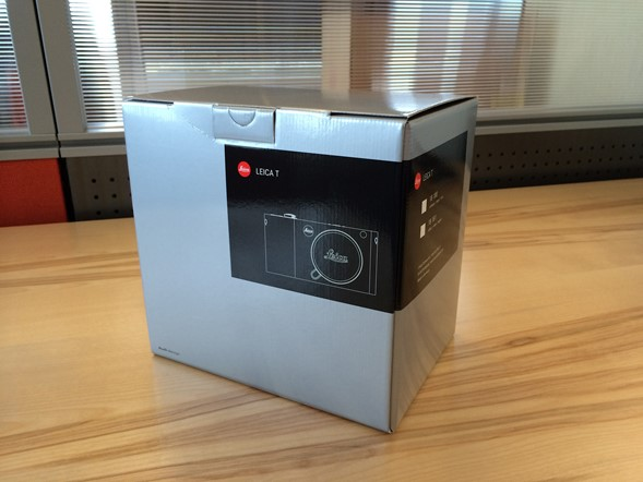 Leica T Grand Unboxing
