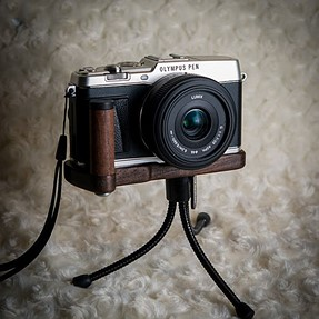 J.B.Design Wood handgrip for Olympus Ep-5