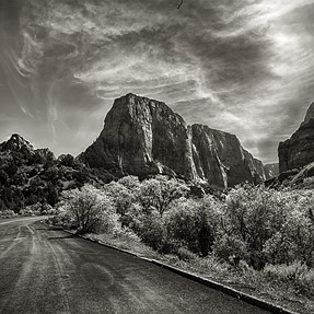 Kolob Canyon view and Small mountain at red cliffs