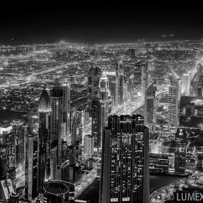 Dubai Skyline by night (Df / Zeiss)