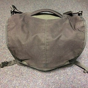 [Review] Peak Design Everyday Messenger (and my problem with it)