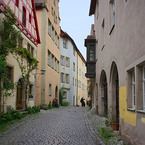 CPA | old town - narrow street
