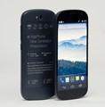 New YotaPhone features dual-touchscreens